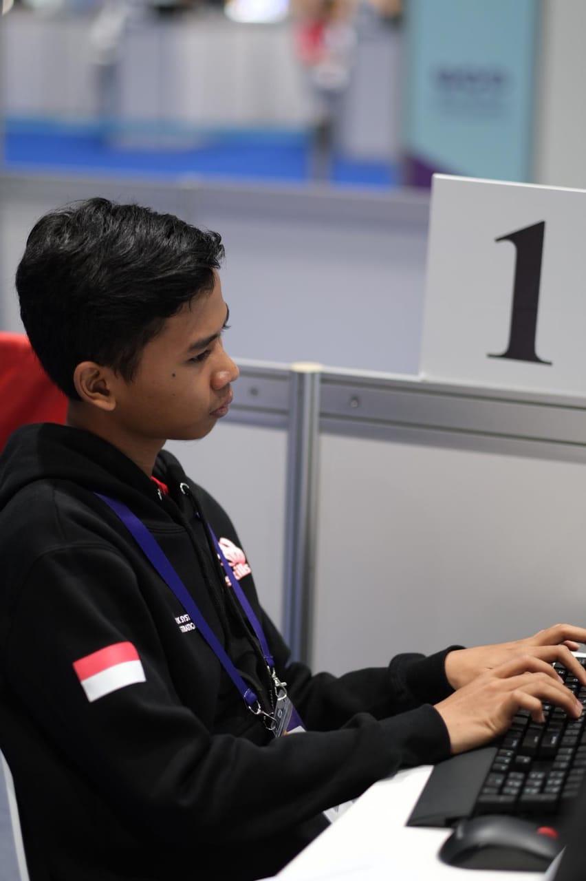 JUARA 1 ICT - WORLD SKILLS ASIA 2018, ABU DHABI UEA (Foto ke-11)