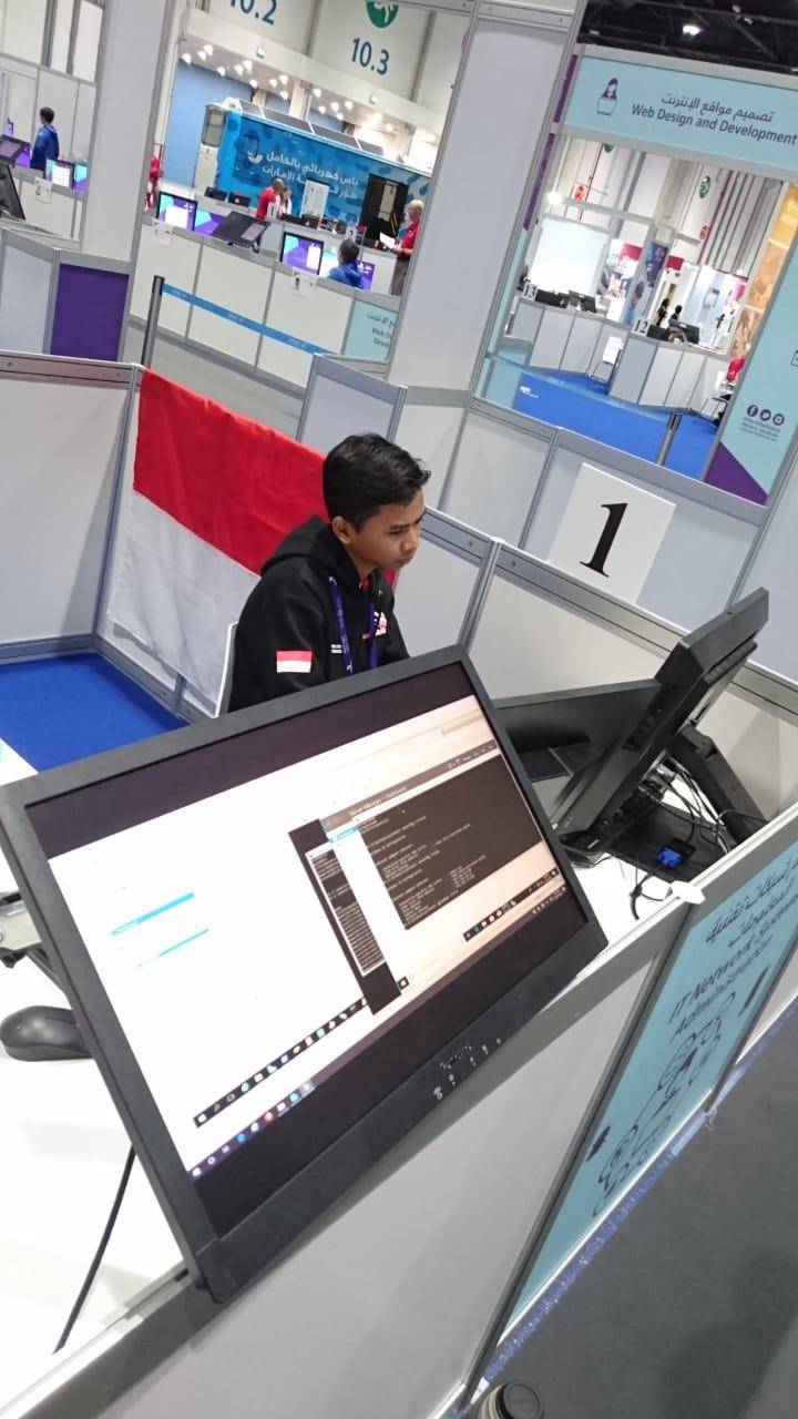 JUARA 1 ICT - WORLD SKILLS ASIA 2018, ABU DHABI UEA (Foto ke-12)
