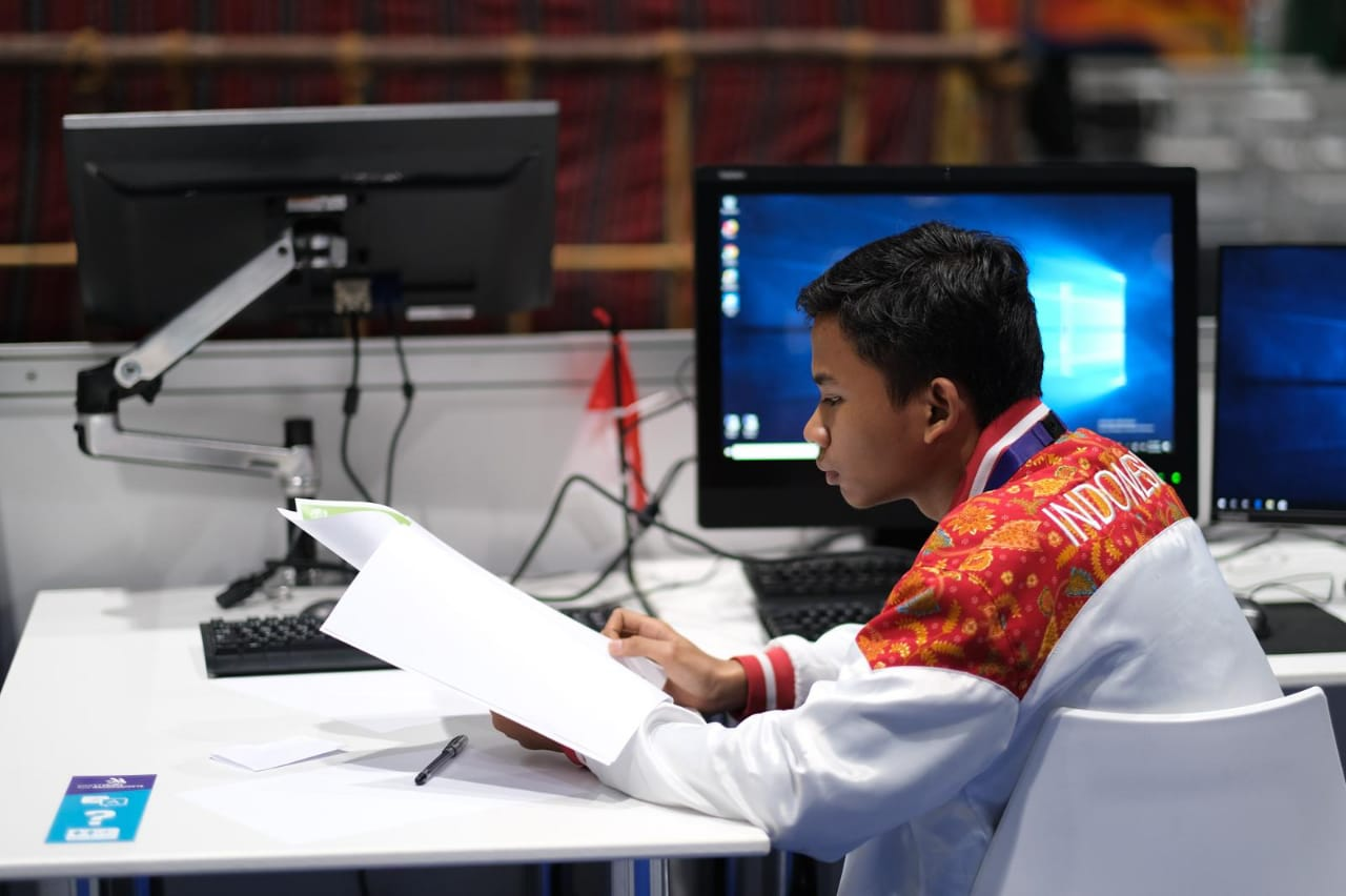 JUARA 1 ICT - WORLD SKILLS ASIA 2018, ABU DHABI UEA (Foto ke-13)