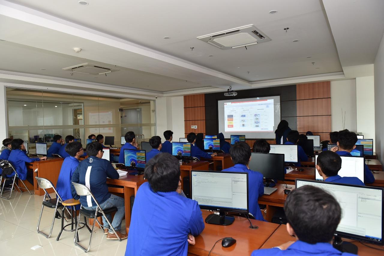 Ruangan Lab APSI Teknik Industri 3