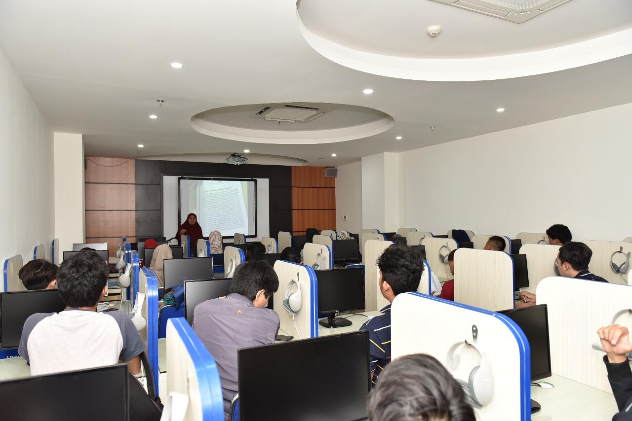 Ruangan Lab Bahasa 2