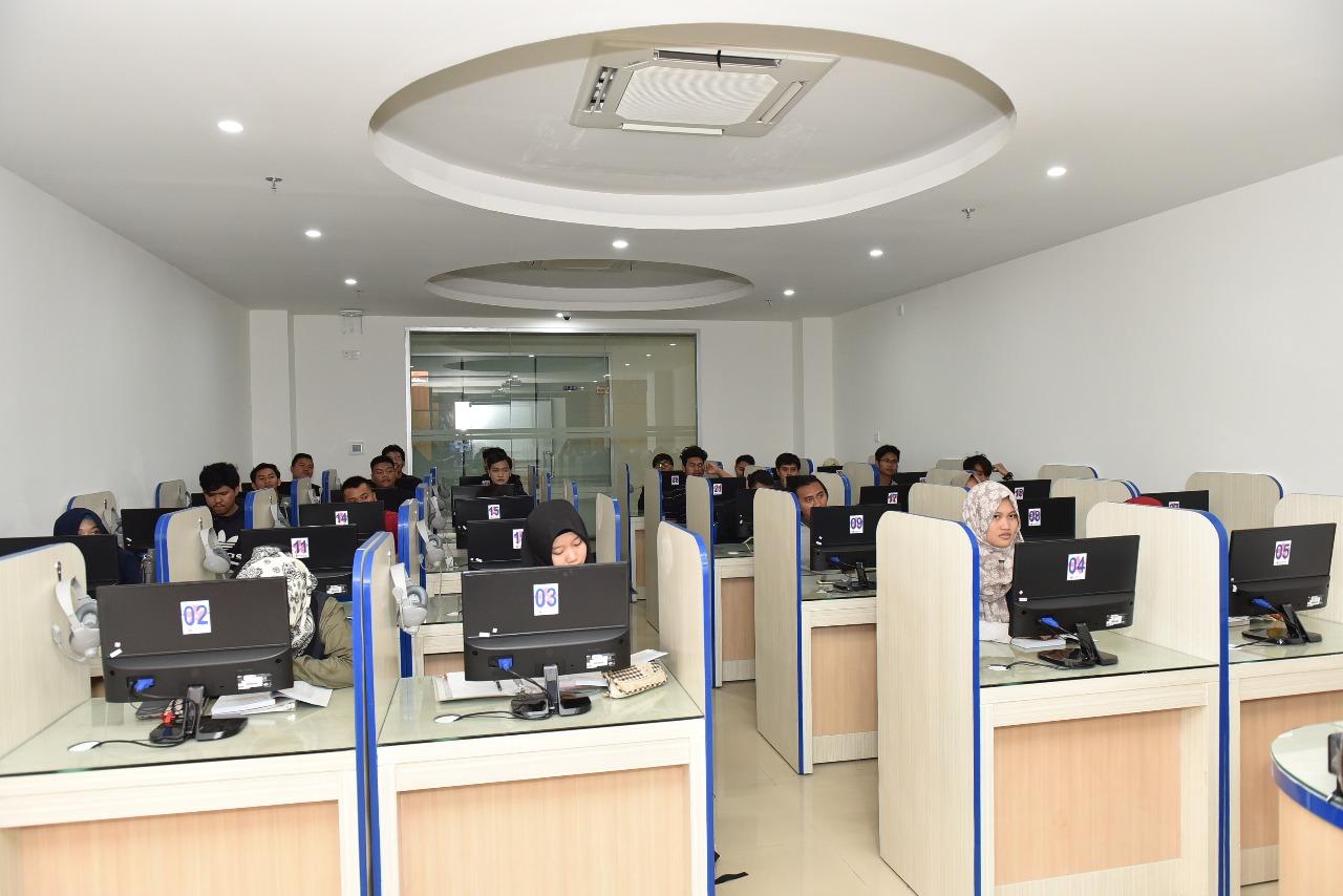 Ruangan Lab Bahasa 4